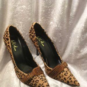 WILD PAIR...Faux Fur Cheetah Pumps..Sz. 8.5